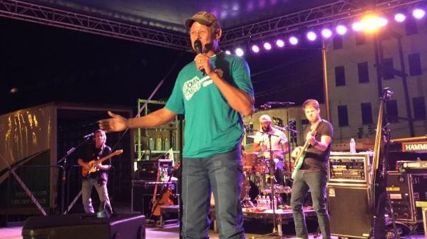 Neal McCoy to Perform at Scottie's Grill on Friday June 15