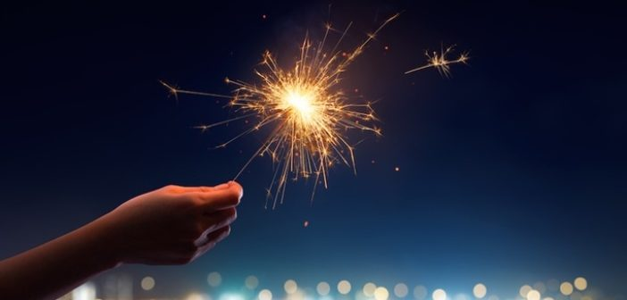 Make Sure to Follow these Fireworks Safety Tips for the New Year